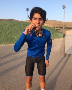 Dario Igor Belletta con la bellissima medaglia d'Argento conquistata a Baku
