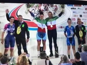 Un podio di allenatori tutto Darimec, con Cordiano Dagnoni Campione Italiano, Christian Dagnoni medaglia d'argento e Fabio Perego medaglia di bronzo