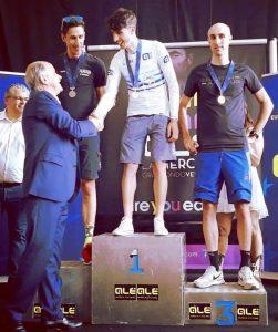 Davide Busuito neo Campione Europeo Granfondo premiato da Di Rocco
